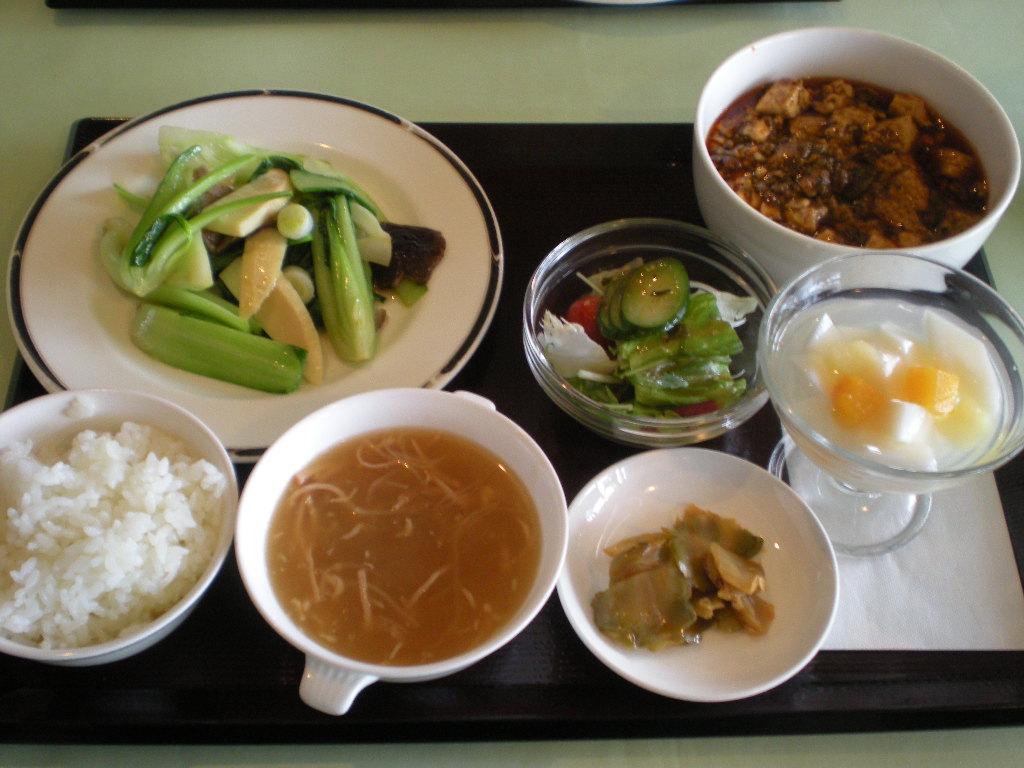 四川飯店 ランチ 001.jpg