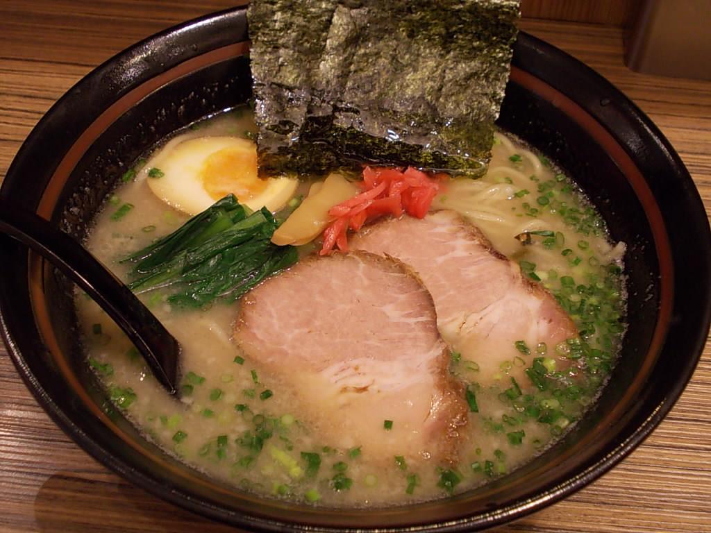 オリきん 豚ラーメン 003.jpg